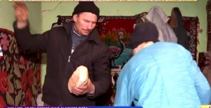 """VIDEO / Şi-a lăsat copiii pentru a merge la amant! Strigătul disperat al fiicei: """"Vrem să vină mama acasă"""""""