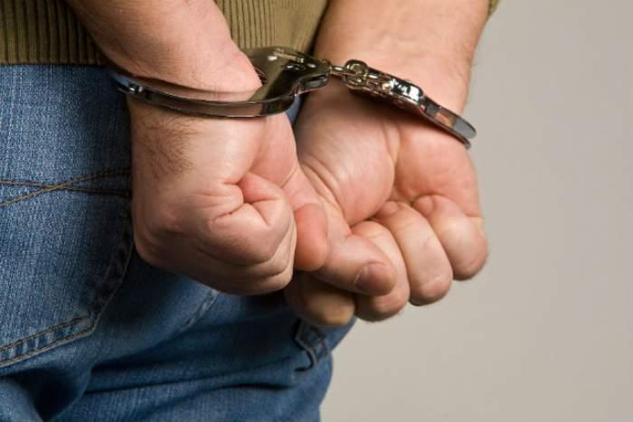 Un bărbat a violat o fetiţă de 10 ani şi a lăsat-o însărcinată! Uite ce sentinţă a primit violatorul