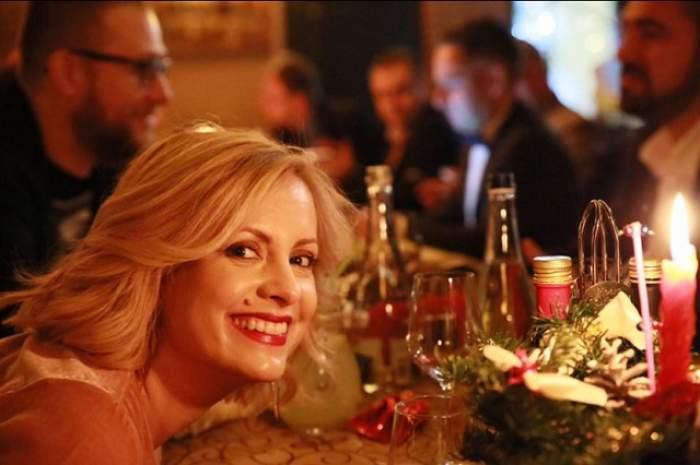 Simona Gherghe radiază de fericire lângă iubitul ei! Cum au început cei doi anul 2017