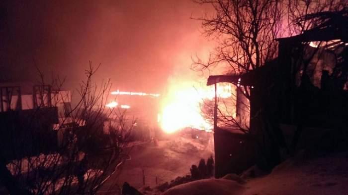 FOTO & VIDEO / Imagini de la clubul BAMBOO care a ars în Capitală! Nu a mai rămas nimic
