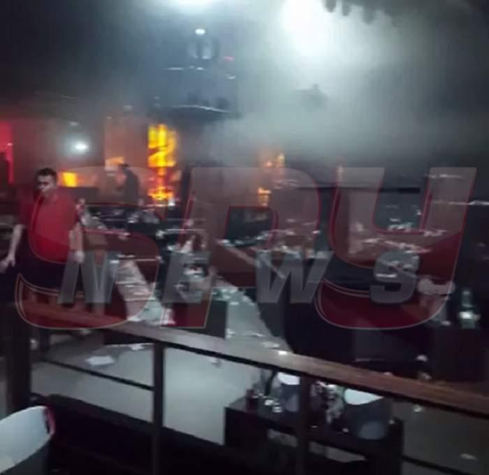 EXCLUSIV!!! Imagini needitate din timpul incendiului de la Bamboo! Clipe de groază trăite de clienţii care se aflau în interiorul clubului!