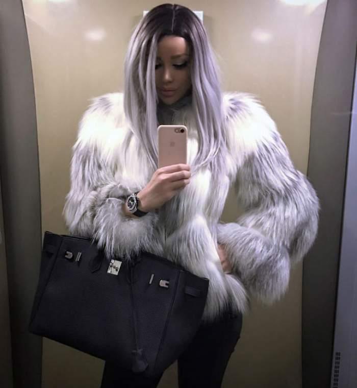 Selfie INCENDIAR! Bianca Drăguşanu, în bluză transparentă şi FĂRĂ SUTIEN! Ce sâni mari are de când e mămică