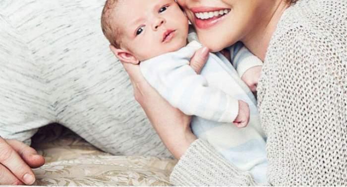 VIDEO / După ce şi-a ţinut fiul ascuns de paparazzi, actriţa Katherine Heigl l-a prezentat fiul întregii lumi