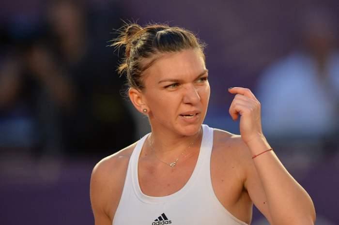 Ce ruşine! Simona Halep a părăsit turneul de la Shenzhen! A fost învinsă de o jucătoare care nu mai bătuse pe nimeni din Top 10!
