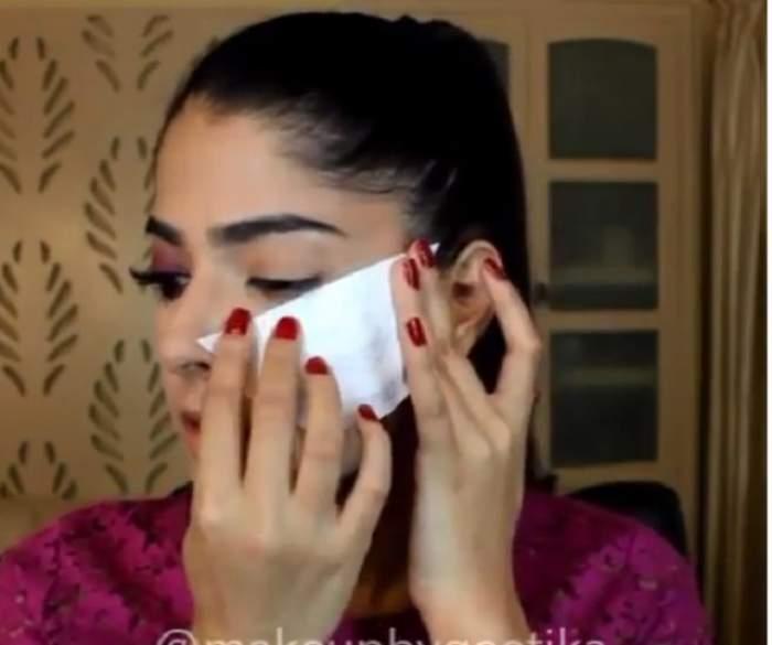 VIDEO / Şi-a lipit un absorbant pe faţă şi totul a devenit viral! Este cel mai tare truc de machiaj