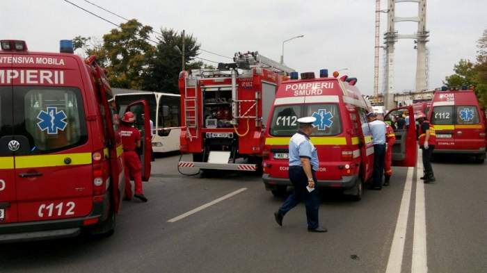 Accident îngrozitor la ieșire din Zalău! S-a declanșat planul roșu de intevenție. Nouă persoane sunt rănite