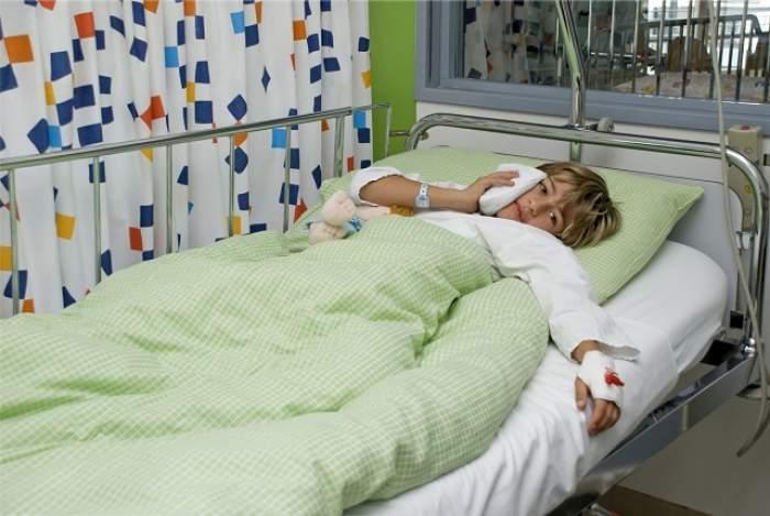 SCANDALOS! Copii umiliţi în spital, de medici! Ce sunt obligaţi să facă micuţii