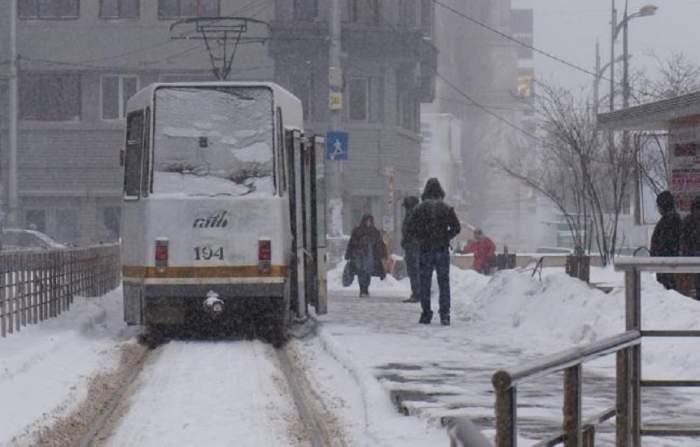 """Anunț ÎNSPĂIMÂNTĂTOR al meteorologilor pentru această iarnă! """"Se rupe vortexul polar"""""""
