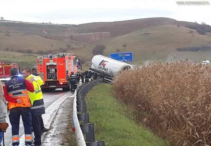 Accident mortal în Cluj! Șoferul unui autoturism a fost decapitat după impactul cu o cisternă care a luat foc