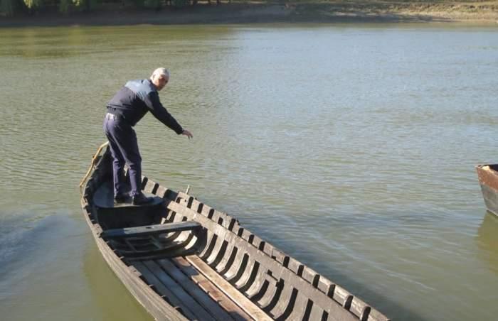 O mamă disperată s-a aruncat în Dunăre, împreună cu cei doi copii!
