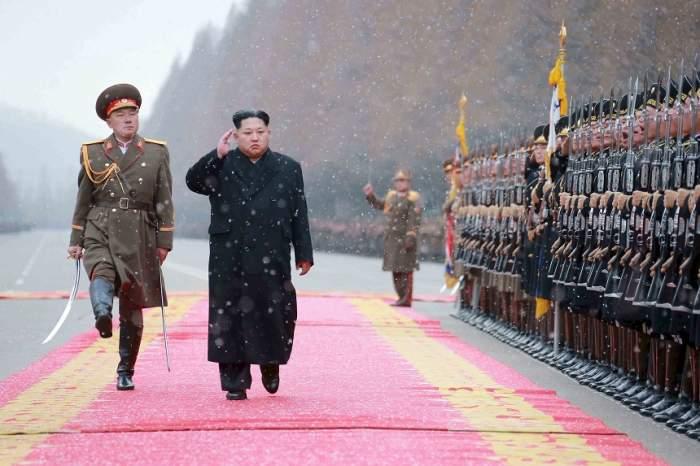 Un soldat nord-coreean a fost împuşcat în timp ce dezerta! Care este starea de sănătate a acestuia
