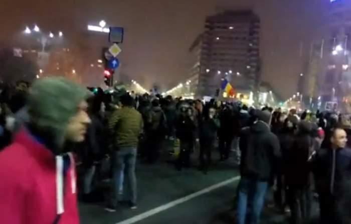 UPDFATE: Proteste în Capitală, dar şi în alte oraşe din ţară! Peste 25 000 de oameni au ieşit în stradă în Bucureşti