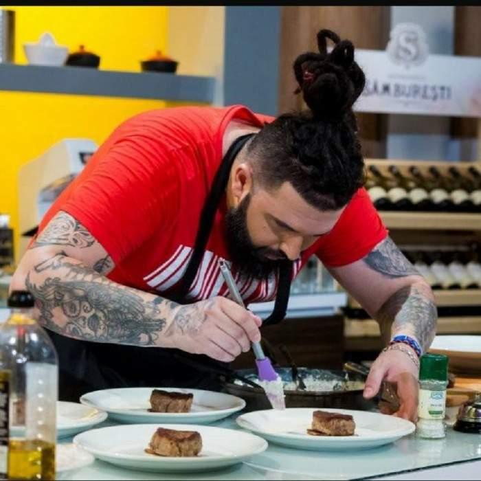 """Câştigătorul """"Chefi la cuţite""""este din echipa verde. Cum a reacţionat chef Bontea imediat după ce concurentul său a ieşit învingător"""