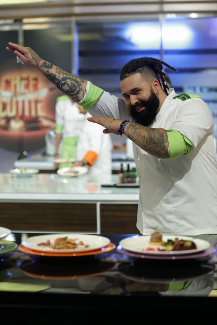 """VIDEO / Câștigătorul sezonului 4 """"Chefi la cuțite"""" va deveni tată! Andrei Olteanu a dat vestea la TV"""
