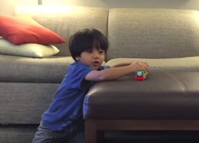 VIDEO / Un băieţel de 6 ani a câştigat în acest an 11 milioane de dolari. Este uluitor cum a reuşit să facă banii