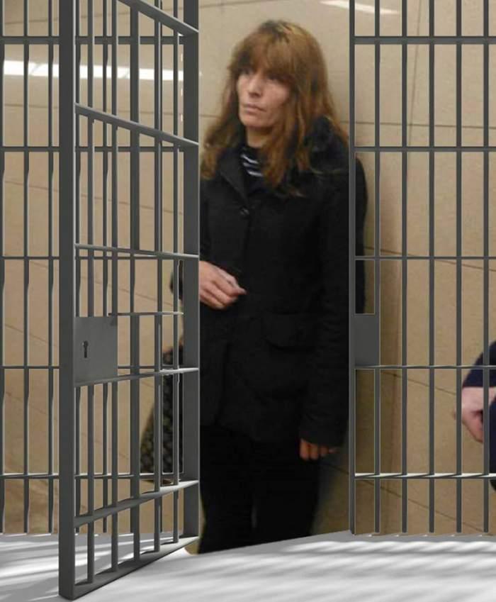 """VIDEO / Ultima oră. """"Criminala de la metrou"""" a părăsit arestul Poliției Capitale. Ce le-a spus autorităților"""