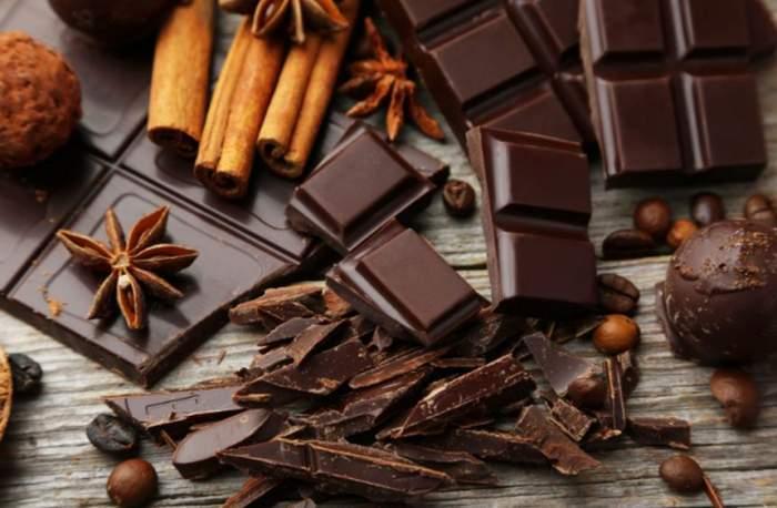 Ești dependentă de ciocolată? Ai putea avea probleme grave de sănătate