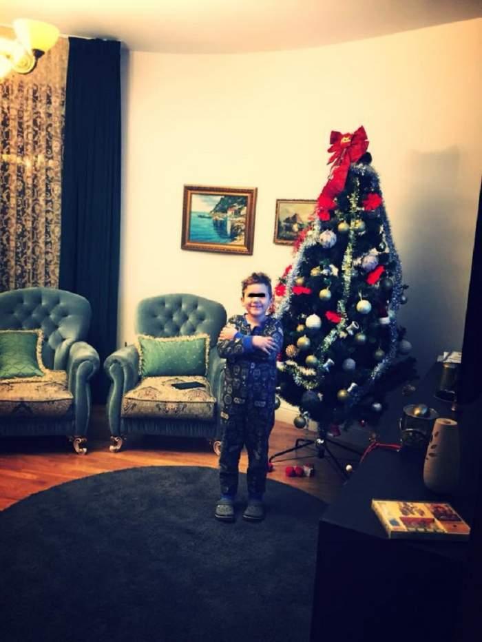 """FOTO / Mara Bănică a împodobit bradul de Crăciun! Cum arată pomul spectaculos al vedetei! """"Anul acesta am făcut o excepţie"""""""