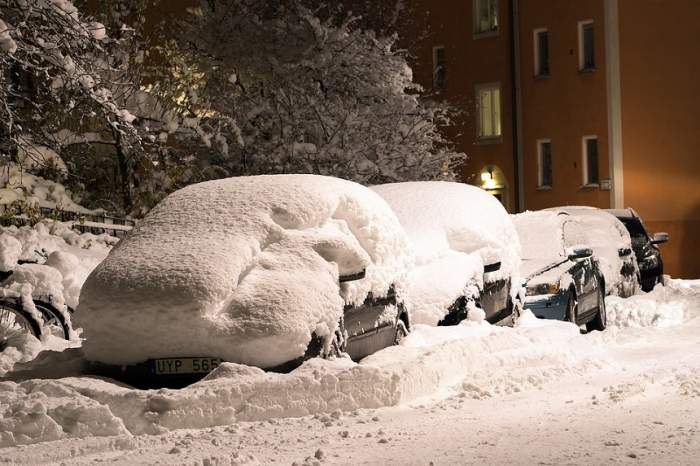 UPDATE / Cod GALBEN de ninsoare, în Ajun de Crăciun! Peste jumătate de țară va fi îngropată în zăpadă