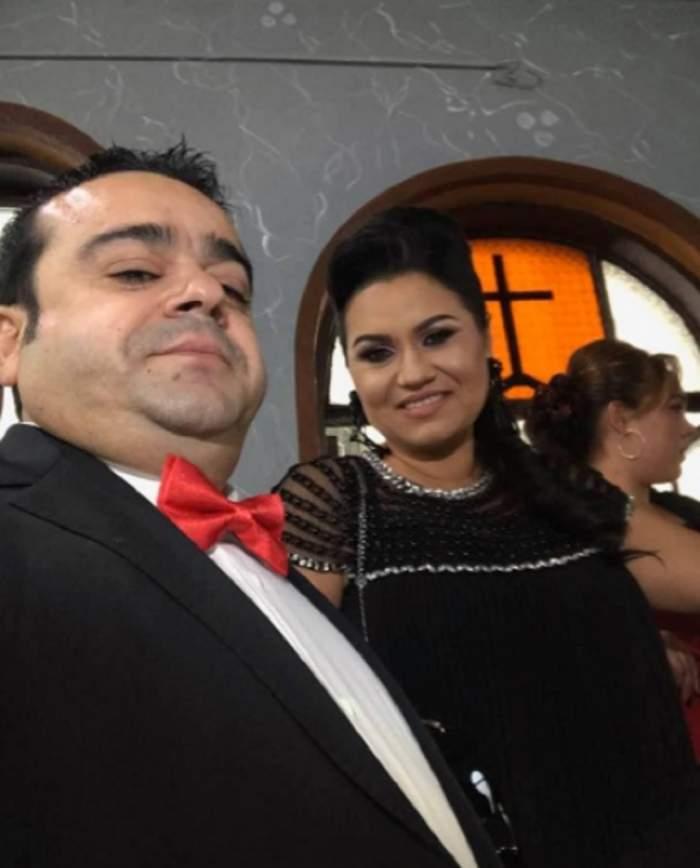 VIDEO / Adrian Minune, Crăciun alături de familie! Carmen și iubitul ei au fredonat versuri de manele și s-au distrat pe cinste