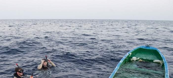 Tragedie pe mare! 13 oameni au murit, după ce o barcă s-a ciconit de o navă de alimentare!