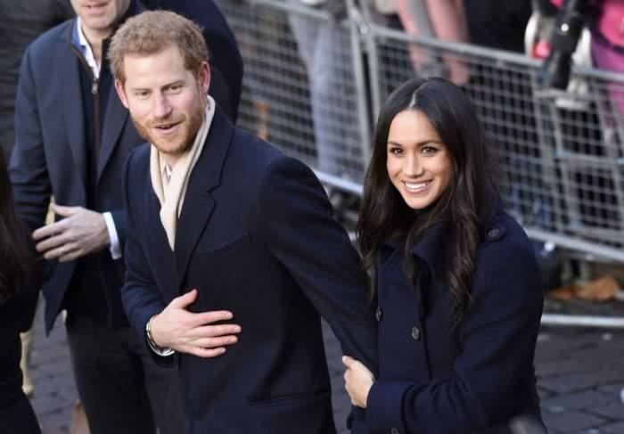 Fă cunoștință cu sosia logodnicei Prințului Harry. Asemănarea cu Meghan Markle este uluitoare