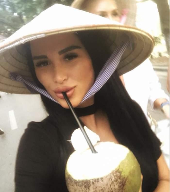 FOTO / Daniela Crudu, în costumul Evei! Avem pozele cu ea, acoperită doar de câteva frunze