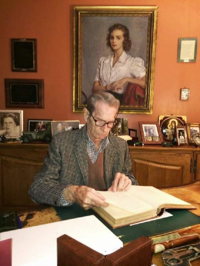 FOTO de colecţie / Casa Regală a publicat fotografii cu Regele Mihai!