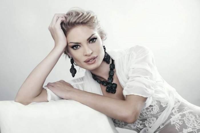 Cum arată Valentina Pelinel nemachiată! Imagini paparazzi