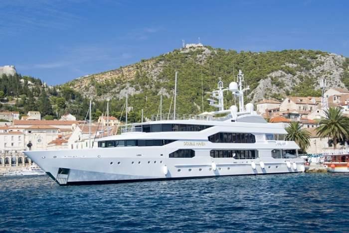 VIDEO / Lux ca aici nu ai mai văzut! Cel mai spectaculos yacht din lume