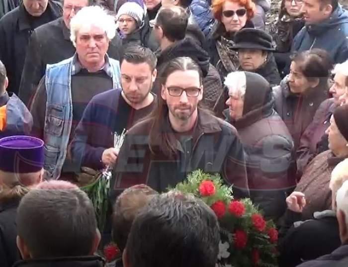 VIDEO / Florin Vasilică, distrus de durere la înmormântarea Ilenei Ciuculete!