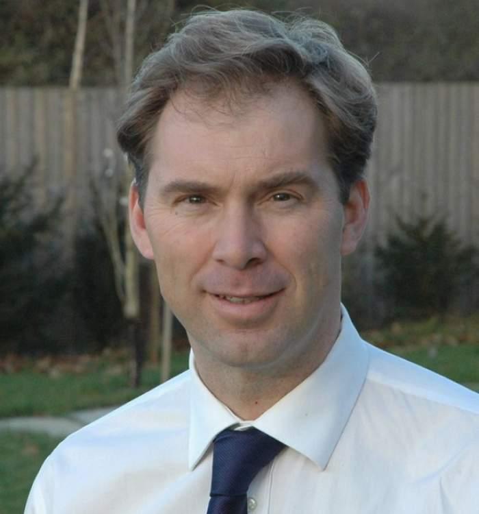 FOTO / Un adevărat erou! Cine este parlamentarul care l-a resuscitat pe poliţistul înjunghiat la Londra