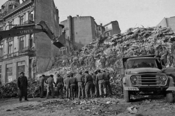 VIDEO / Imagini cutremurătoare de la cutremurul din 1977 din România! Azi se împlinesc 40 de ani de la marele seism