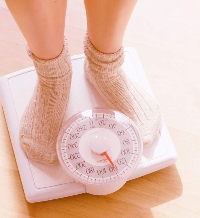 ÎNTREBAREA ZILEI: Cum îți afectează greutatea în plus viața sexuală? Poți intra în orice clipă în depresie!
