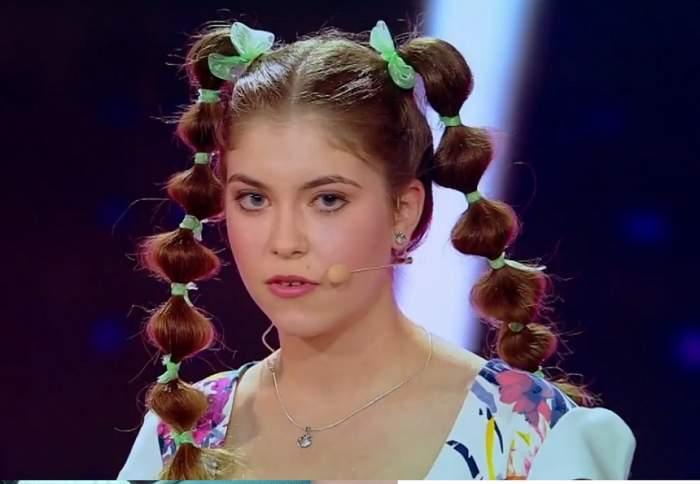 """VIDEO / La numai 17 ani, o concurentă de la """"iUmor"""" a făcut senzaţie! Glumele sale despre Oana Roman i-au hipnotizat pe toţi"""
