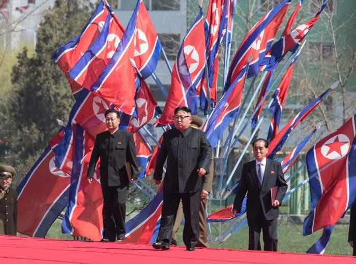 Începe războiul! Coreea de Nord atacă SUA cu rachete intercontinentale nucleare!