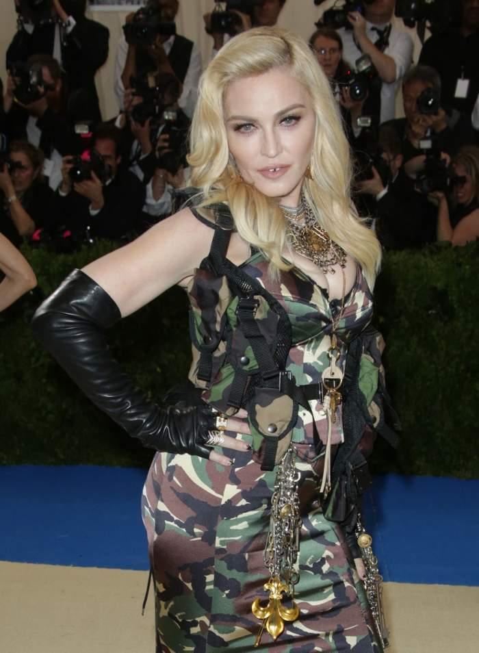 VIDEO / Madonna a dat lovitura din nou! Se iubește cu un tânăr model portughez