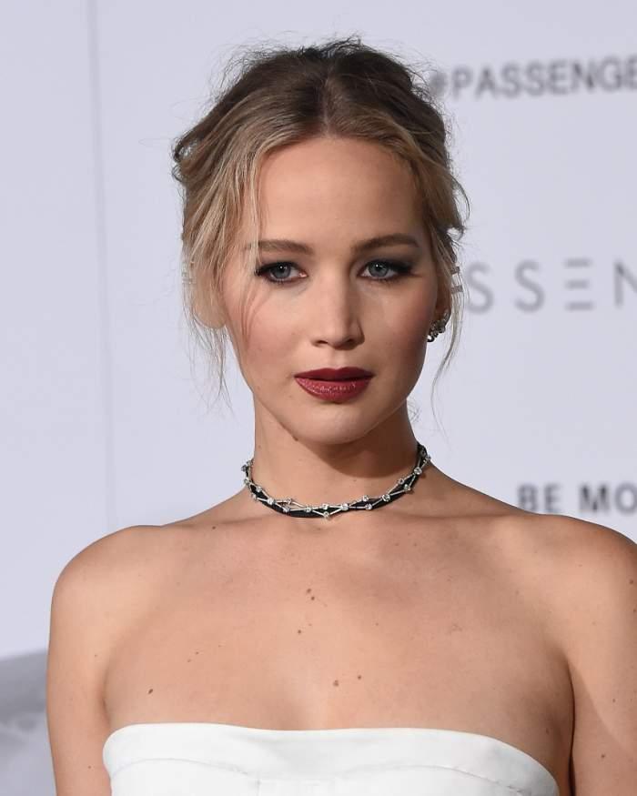 VIDEO / Actori celebri care au suferit cumplit din cauza greutăţii! Prin ce au trecut vedete înainte de a deveni faimoase