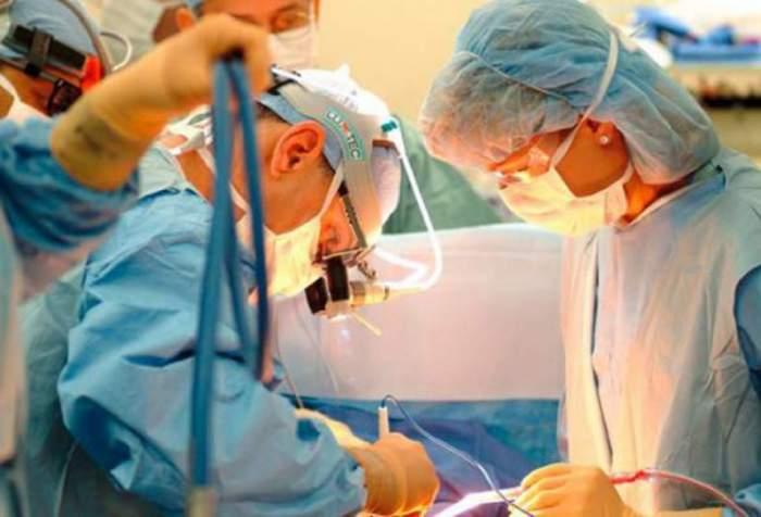 LOVITURĂ pentru medici: Crește vârsta de pensionare!