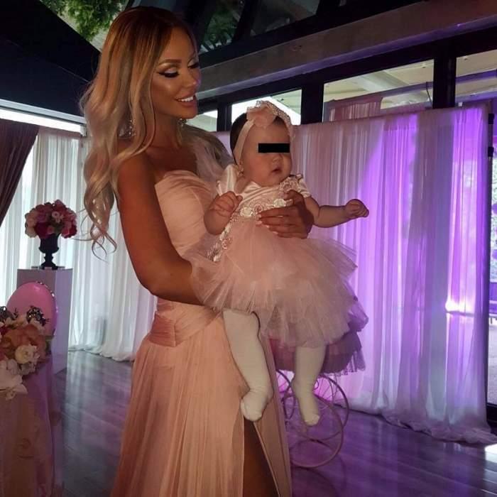 FOTO / Bianca Drăgușanu și-a dus fiica la medicul estetician! Focoasa vedetă și-a mărit din nou buzele?!