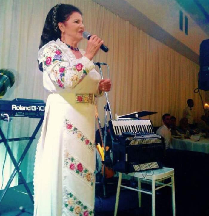 Irina Loghin a ajuns pe patul medicului estetician! Ce schimbare şi-a dorit cântăreaţa de muzică populară