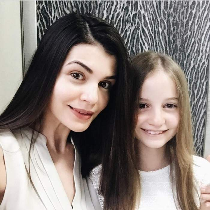 FOTO / Irina Columbeanu şi-a aratat zâmbetul, la două luni de când şi-a pus aparat dentar. Detaliul care nu a putut fi trecut cu vederea