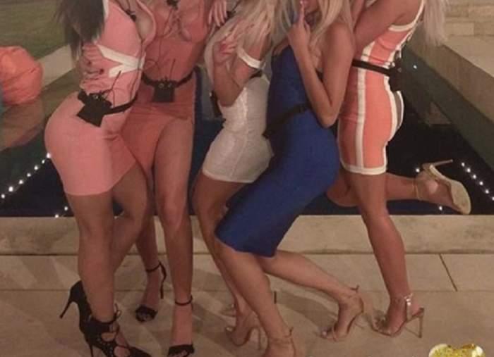 """VIDEO / Ameţite de aburii alcoolului, două concurente de la """"Insula Iubirii"""" s-au prăbuşit în taxi! Imagini penibile după petrecere"""