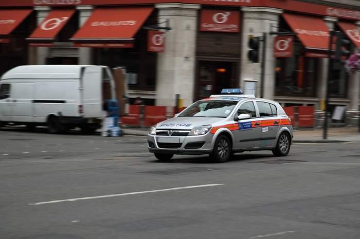 FOTO / Londra e sub TEROARE! Un atac cu substanţe chimice a avut loc într-un restaurant