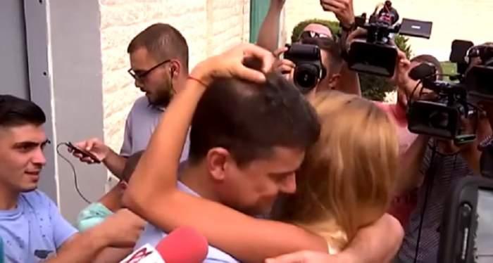 FOTO / Cristian Boureanu a ieşit din penitenciarul Rahova! Primele imagini cu politicianul în libertate