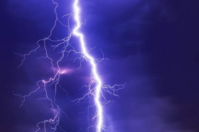 Cod galben de vreme urâtă în România! Care sunt zonele afectate de furtuni