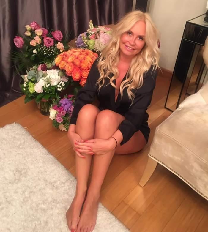 FOTO / Vica Blochina e luată! Vedeta a fost cerută în căsătorie de Sergiu Lucinschi