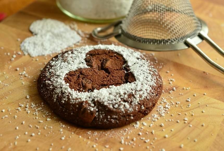 10 substituenți care te ajută să-ți combați dependența față de zahăr