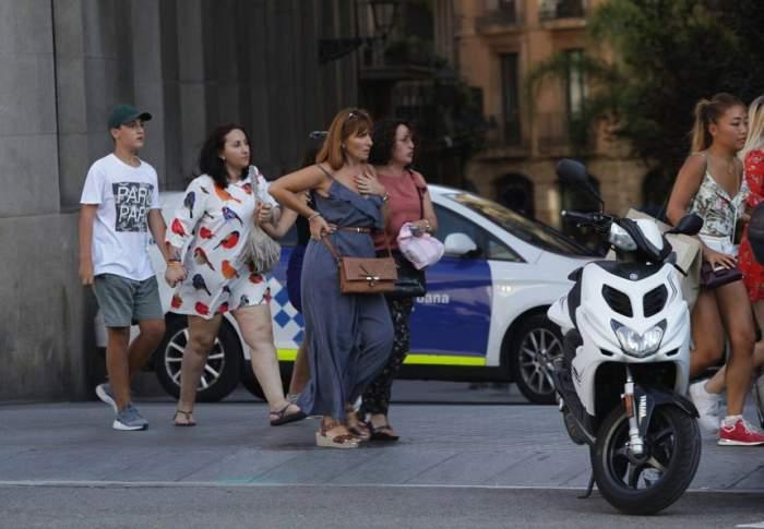 """VIDEO / MAE despre atacul din Barcelona: """"Nu sunt români printre victime"""". Guvernul spaniol, în şedinţă de urgenţă"""