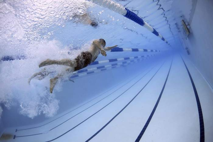 VIDEO / Brăţara subacvatică care te-ar putea salva de la înec. Ai vrea şi tu una?